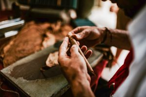Getting to know the famous Cuban Cigar