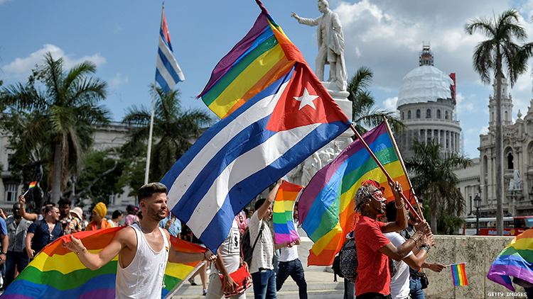 The Crisis of Cuba Tourism Industry